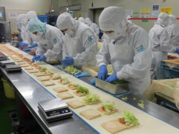 わらべや日洋食品株式会社 南アルプス工場_10115の画像・写真